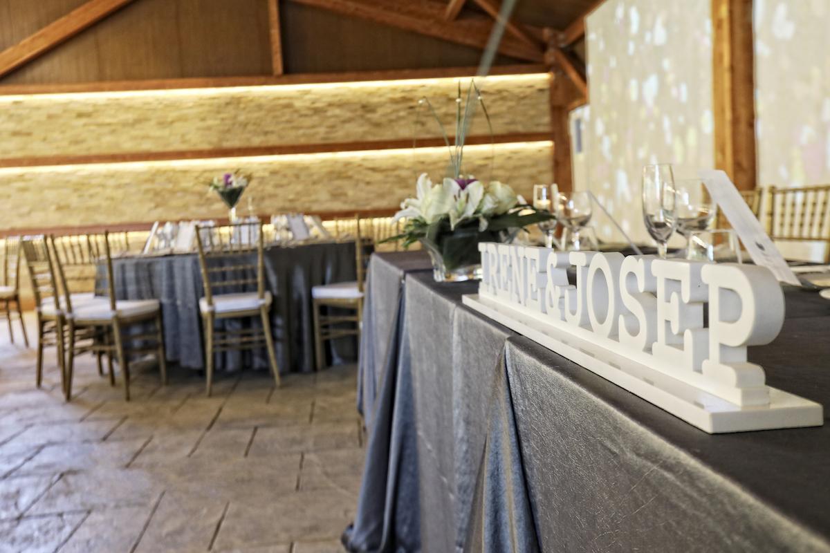 Nuevo salón porche lleno de detalles para tu boda - Miravent Bodas