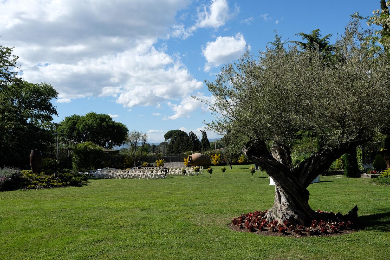 Jardín idílico para celebraciones al aire libre - Miravent Bodas