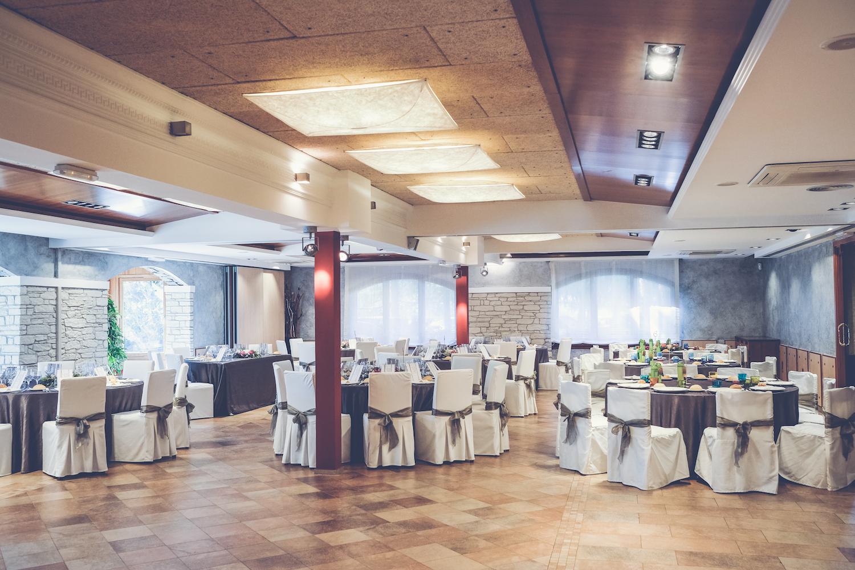 Salón ámplio para fiestas y celebraciones - Miravent Bodas
