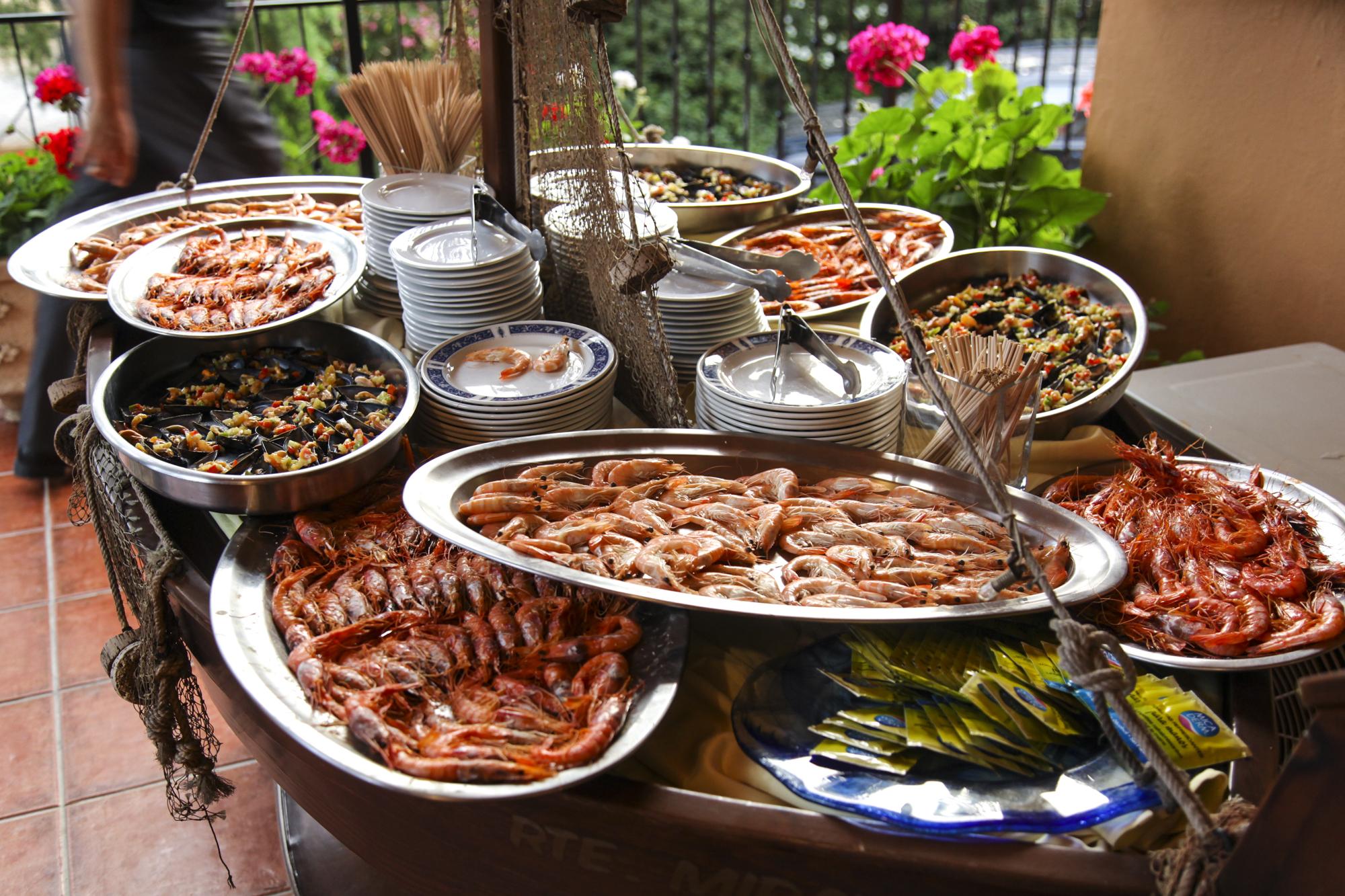 Calidad y exclusividad con gastronomía de marísco - Miravent Bodas